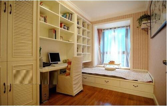 很多书房兼卧室装修除了采用墙面隔断