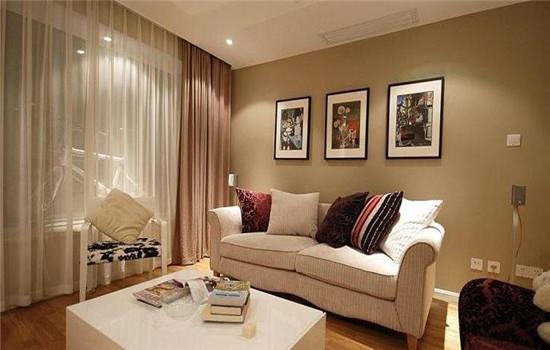 小户房子装修要点4:   天花板尽量挑高.小户型的房屋,原本